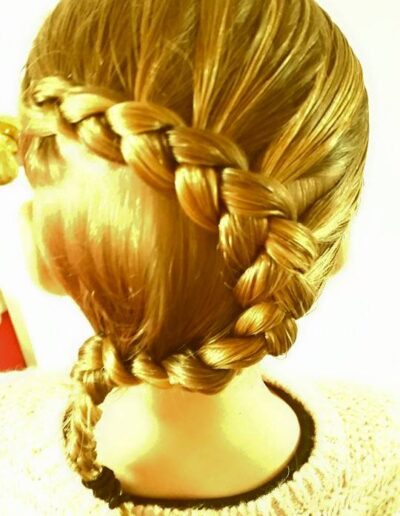 hair cutting at home by mobile hairdresser